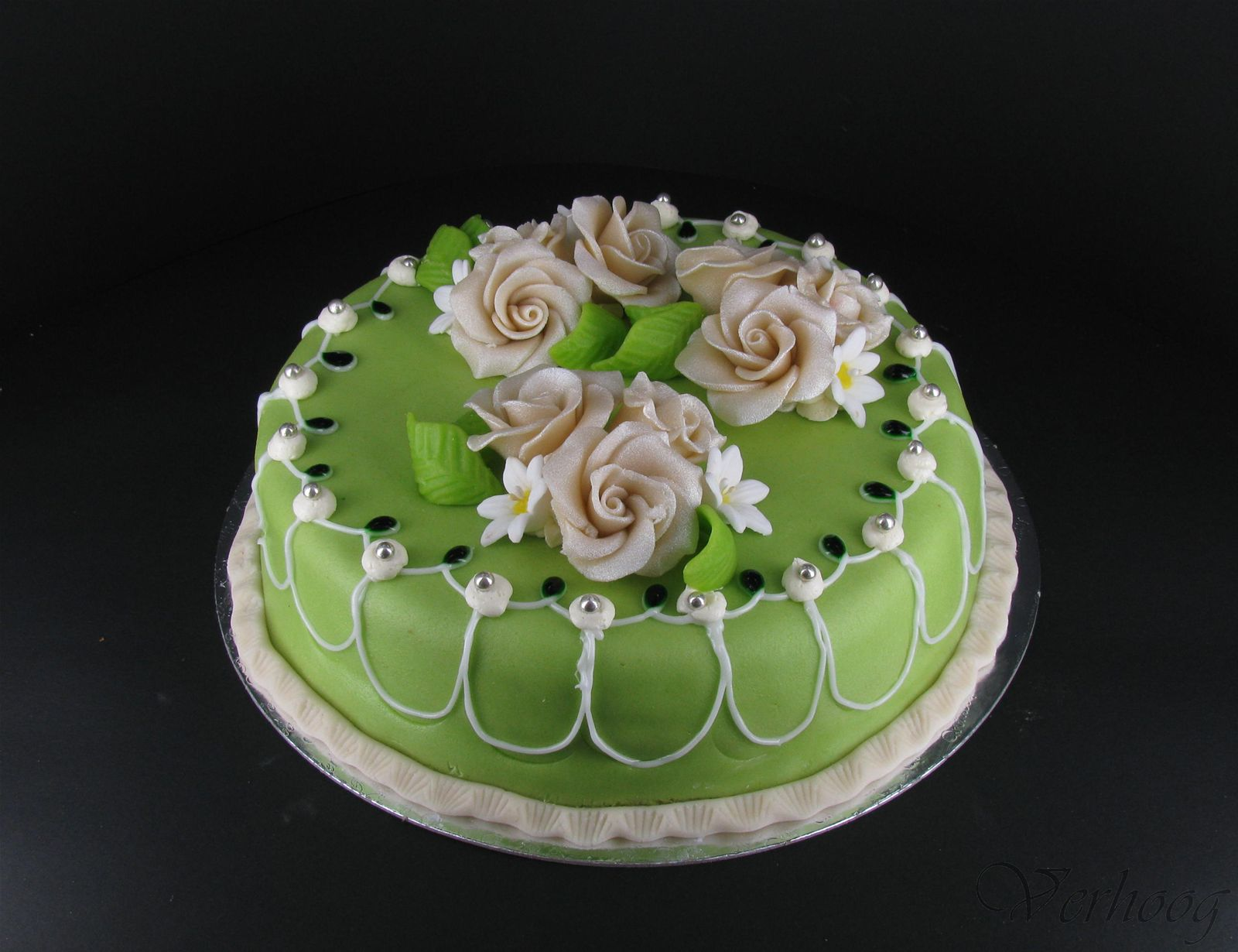 taart groen groen bruidstrt   Bakkerij Verhoog taart groen